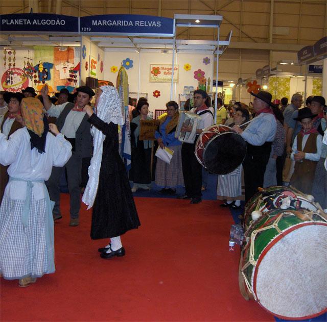 Armario Organizador De Brinquedos De Madeira ~ Feira Internacional do Artesanato na FIL em Lisboa